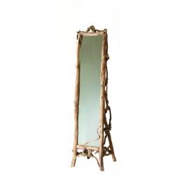 Specchio in radici di bosco