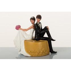 Sposi cake topper in resina seduti. CM 16