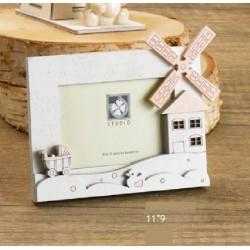 Portafoto legno con dettagli rosa o azzurri. CM 11x9