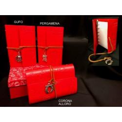 Notes con copertina in pelle e ciondolo metallo con bagno argento e scatola. CM 10x15 MADE IN ITALY