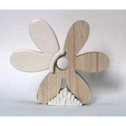 Fiore legno e porcellana bianca. CM 15x3 H 13