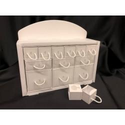 Set espositore cassettiera cartoncino, completo di 12 scatoline cartocino di diverse misure. CM 32x10 H 28