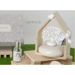 Profumatore base ceramica con albero in tessuto e casa legno con scatola. CM 9 H 13