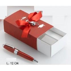 Scatola cartoncino con penna sfera laurea. CM 12