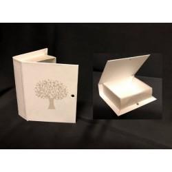 Scatola cartoncino forma libro con decoro albero. CM 9.5x7.5 H 2.5. Parte contenitiva CM 7.5x7