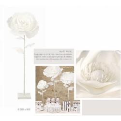Rosa lattice con pistilli e perle interni con gambo. H 100 tot