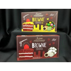 praline  brownie al cacao ricoperto di cioccolato bianco  e confettato. GR 500