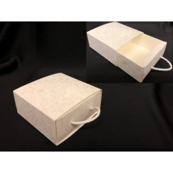 Scatola forma cassetto con decoro harmony. CM 9x9 H 4