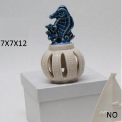 Profumatore ceramica con cavalluccio marino e scatola. CM 7x7 H 12