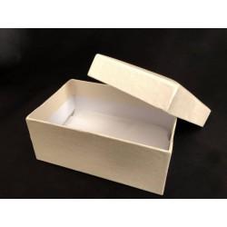 Scatola fondo e coperchio rigida con interno foderato tessuto. CM 12x8 H 5