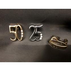 Ciondolo metallo 25° e 50° con passante e strass. CM 2