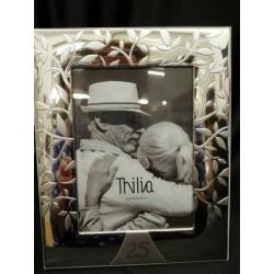 Portafoto argento con albero e 25, con scatola. CM 13x18
