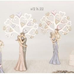 Coppia stilizzata con albero in resina. Ass 2. H 22