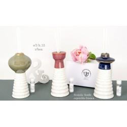 Profumatore ceramica bicolor, varie forme e colori. Ass 3. H 15