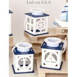 Lanterna legno decori marini con luce LED. Ass 3. CM 6 H 8