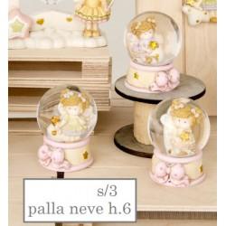 Fata resina in bolla vetro con neve e base resina. Ass 3. H 6