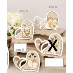 Icona resina forma cuore con traforo. CM 8