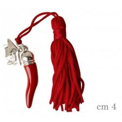 Corno in zama con nappa e ciondolo tocco. CM 4