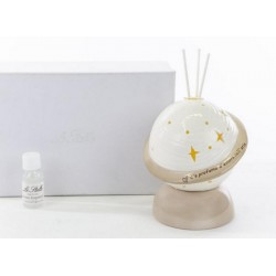Profumatore porcellana con luce LED e scritta, con essenza e scatola. H 13