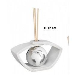 Profumatore resina con globo bianco e silver. H 12