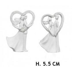 Coppia sposi con cuore in resina. Ass 2. H 5.5