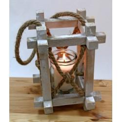 Lanterna legno con manico corda. CM 18x18 H 25