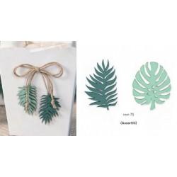 Set 12 foglie in legno con adesivo. Ass 2. CM 7.5