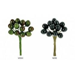 Mazzo 12 olive verdi o nere. CM 2