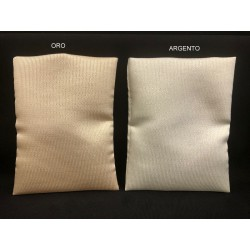Sacchetto tessuto oro o argento con trama lamè. CM 10x14