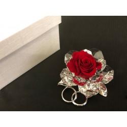 Rosa vera stabilizzata con base cristallo e fedi metallo con scatola. CM 6