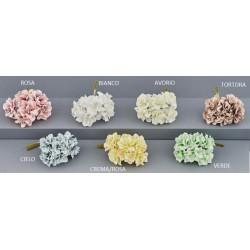 Mazzo 6 fiori con petali tessuto e pistilli. Diam. 4