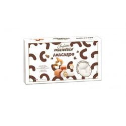 Anacardo tostato ricoperto di cioccolato al caramello e confettato. KG 1