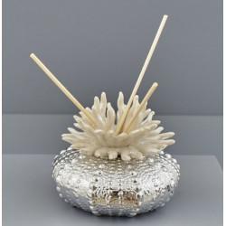 Profumatore silver e panna in ceramica con scatola. DIAM. 10 H 8.5