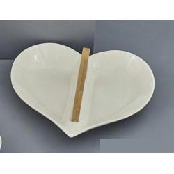 Antipastiera ceramica forma cuore con manico legno. CM 27x24