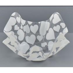 Ciotola plastica fazzoletto con cuori bianchi. CM 18x18 H 9