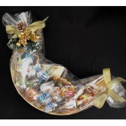 Vassoio ceramica forma luna, completa di 12 cioccolatini incartati e confezione natalizia. CM 28