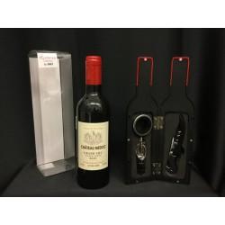 Bottiglia vino in plastica con set accessori e scatola pvc .H 23.5