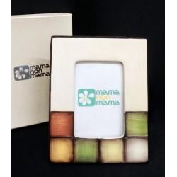 Portafoto in ceramica con scatola.Misura interna 6x9 (misura totale 15x12)