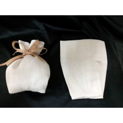 Sacchetto cotone grezzo,bianco naturale,con base a soffietto. H 16 x 13