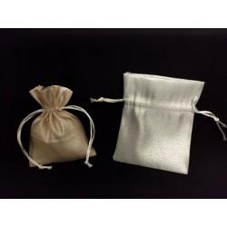Sacchetto lurex oro o argento con tirante. CM 10x12.5