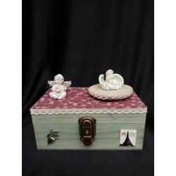 Carillon legno contenitore con angeli  .Mis.21x13 H15