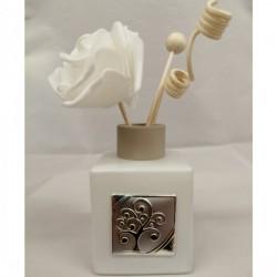 Profumatore in vetro satinato bianco con placca silver e scatola. CM 8.5