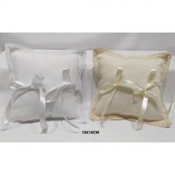 Portafedi quadrato in tessuto in lino con applicazione tombolo. CM 18x18
