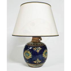 Lampada in ceramica blu cobalto decoro orchidea con paralume H. cm 17+5  - Artigianato Artistico Fatto a Mano