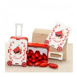 Scatola portaconfetti in legno a forma di valigia con decori laurea. Parte contenitiva: CM 7,5x5 H 3