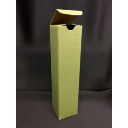 Scatola cartoncino verde. CM 6x6 H 24