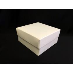 Scatola cartoncino fondo e coperchio avorio CM 7.5x7.5 H 4