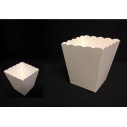 Vaso cartone bianco. Base: CM 7x7 Apertura: CM 9.5x9.5 H 11