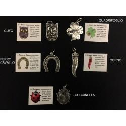 Ciondolo soggetti fortuna ottone con bagno argento. CM 4/5 MADE IN ITALY