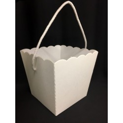 Vaso cartone bianco con manico. CM 20x20 H 18 (senza manico)